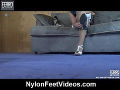 Nylon, Girl like feet boy, Sunporno.com