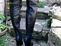 Blonde, Boots, Upskirt, Smoking, Close up pee, Gotporn.com